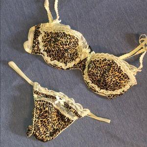 NWOT VS bra thong set - leopard print - 34c/Med